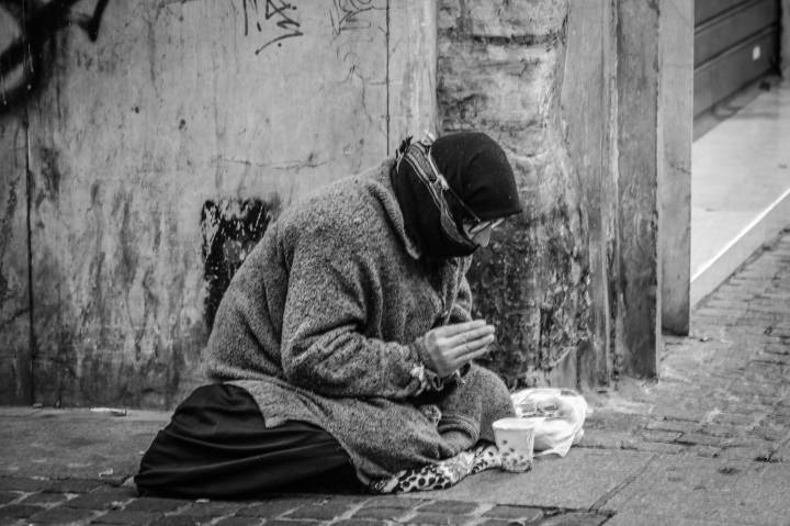 The Christian Ethical dilemma and obligation in how to alleviate AmericanPoverty